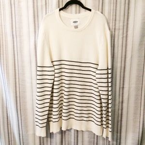 Old Navy Cozy White & Navy Striped Sweater Size XL